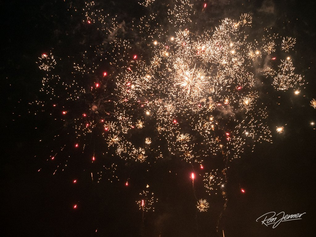 Happy-Oudjaarsavond-ZoetermeerRonJenner-14183.jpg